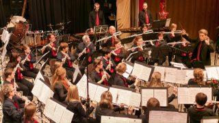 Hauptorchester: Unser Flöten- und Percussionorchester gehört zu den erfolgreichsten Orchestern seiner Art in Deutschland